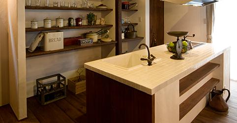 オリジナルキッチンと洗面台